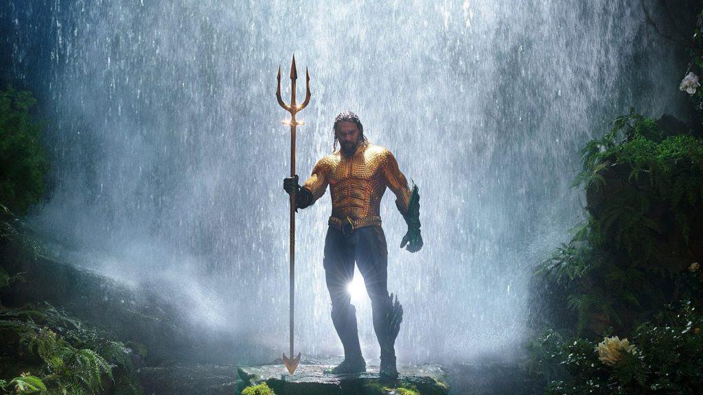 Crítica | Aquaman acerta ao se distanciar das outras produções da DC, mas erra no tom do filme-solo