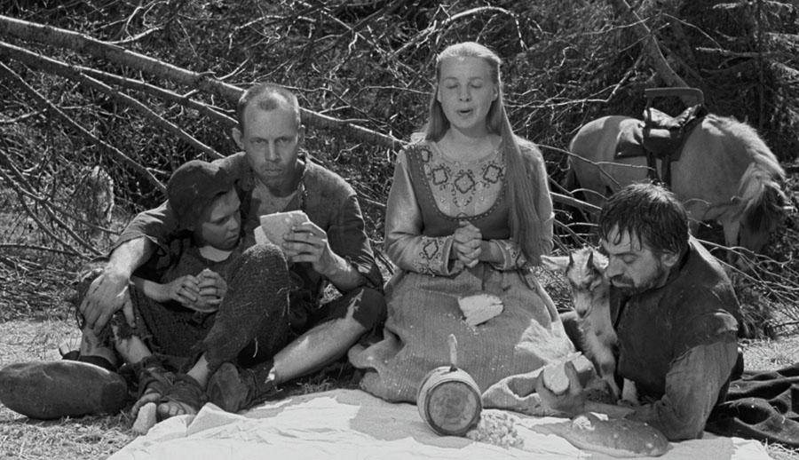 Cena do filme A Fonte da Donzela